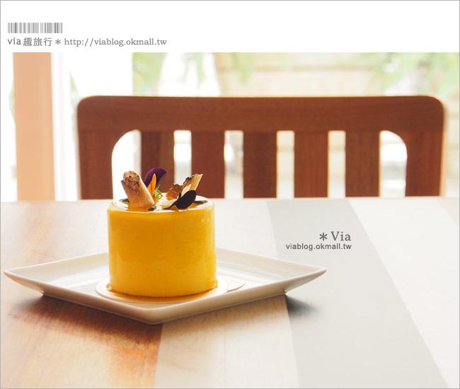 【台中咖啡廳】台中甜點推薦~小梗甜點咖啡!超好吃的季節&每日限定草莓千層!