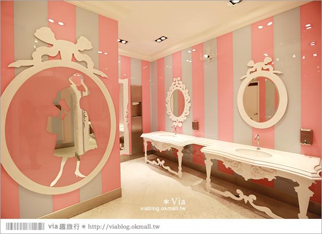 中友百貨》中友百貨廁所~主題風的廁所設計!選為全球十大精彩廁所!