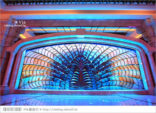 【澳門飯店】澳門銀河渡假村~華麗的水晶大堂及孔雀水幕表演+翠華餐廳用餐篇