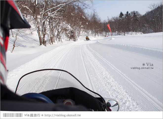 【北海道雪上摩托車】北海道名寄滑雪場~體驗雪森林中雪上摩托車的騁馳速度快感!