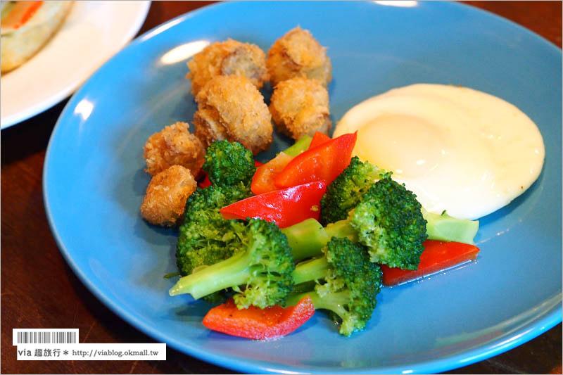 【台南早午餐】紅門五號‧早午餐brunch(已歇業)~濃烈的中國及工業風交融的個性化特色餐廳!