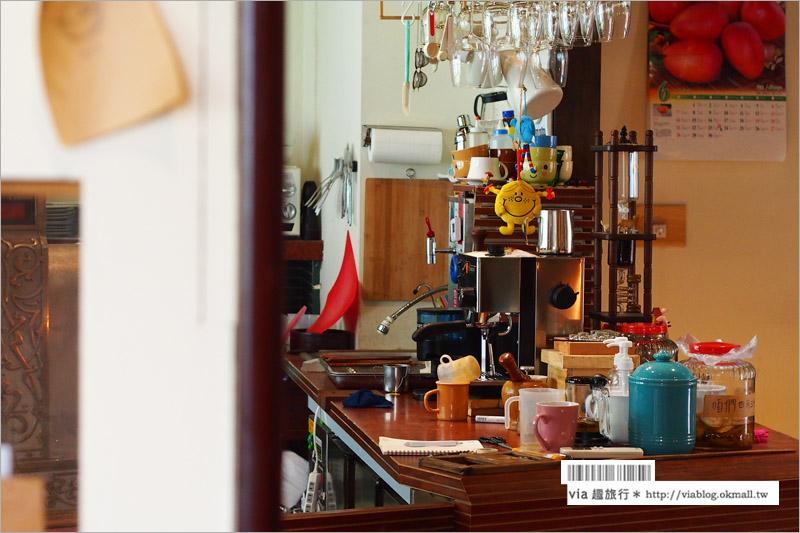 【台中老屋甜點】台中西區/裡屋樑水~舊宅裡的時光飄香!金條鬆餅簡單又美味!(已歇業)