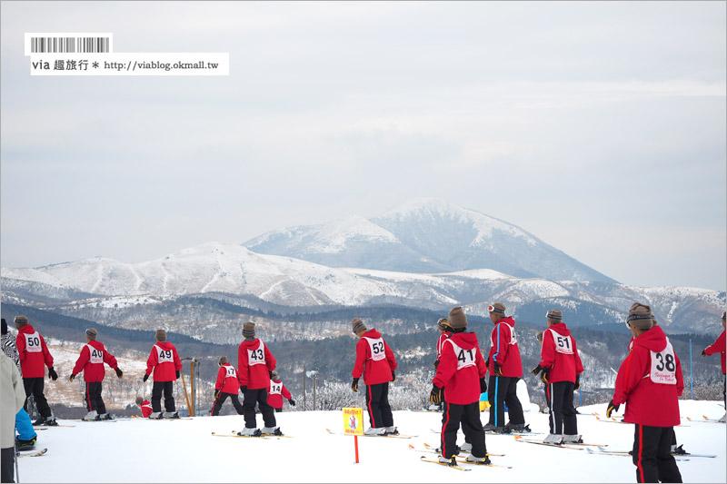 """【九州滑雪場】九重森林滑雪場~滑雪好好玩!來去體驗滑雪樂趣、再泡個""""筋湯溫泉""""好舒服!"""