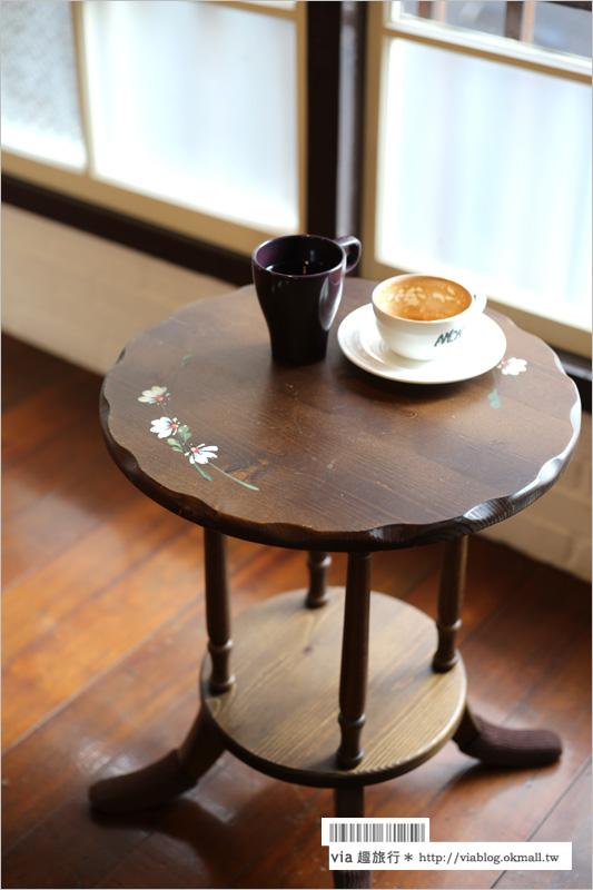 【嘉義咖啡館推薦】AMON咖啡所~老屋咖啡館再一間!日式本屋中義式咖啡搭配台式糕點好新鮮!