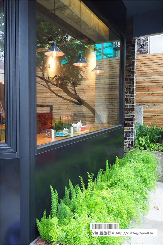 【台中新餐廳】牧熊小館~台中工業風餐廳/咖啡館‧粗獷中帶著細膩味的小餐館!