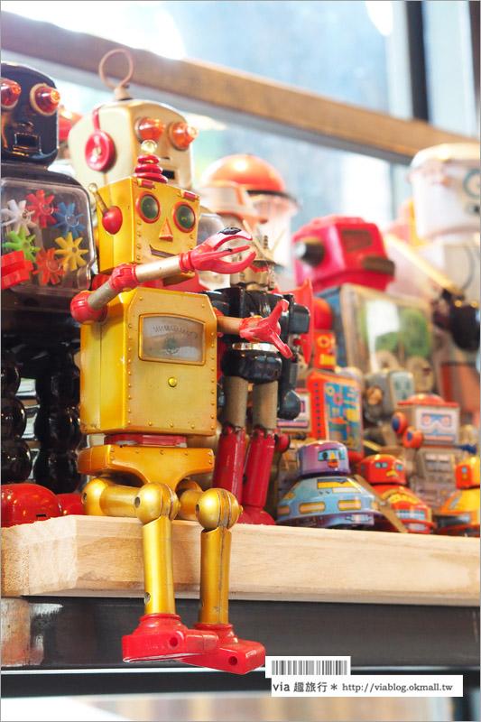 【台中餐廳推薦】台中主題餐廳~機器人餐廳:鐵皮駅/創始店大改造,加入工具箱三明治、野餐風餐點大有趣!