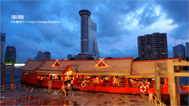 【曼谷遊河晚餐】悅榕莊遊艇晚餐~乘上復古典雅的遊艇,伴著夜景來趟湄南河上的奢華晚宴時光!