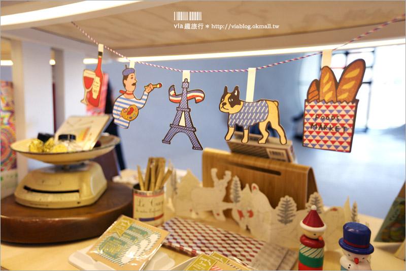 【台中國家歌劇院】聖誕燈光秀~搭配聲光效果的精彩演出免費看,濃濃的耶誕味陪你過節趣!