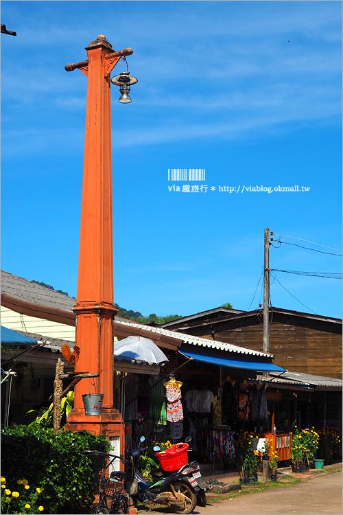 【泰國蘭塔島】蘭塔古城(LENTA OLD TOWN)~老街散策‧懷舊木造老屋建築及海景咖啡館尋幽趣!