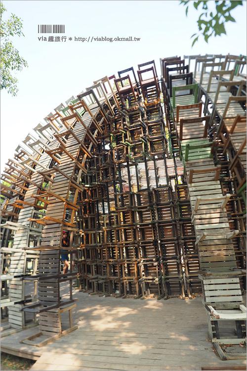 【高雄IG景點】椅子樂譜~上千張的椅子結合成壯觀的藝術品!網美們拍照必去的打卡景點!