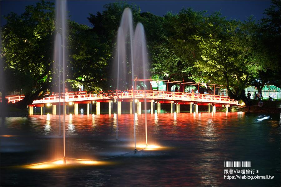 【台中景點一日遊】台中公園新玩意~百年湖心亭變身湖上宮殿+浪漫水舞秀