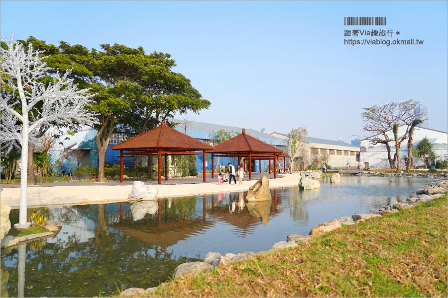 高雄港邊景點》棧伍庫港濱潮市集+高雄水花園~全新峇里島造景水景玩沙池!親子旅遊、約會拍照都合適!