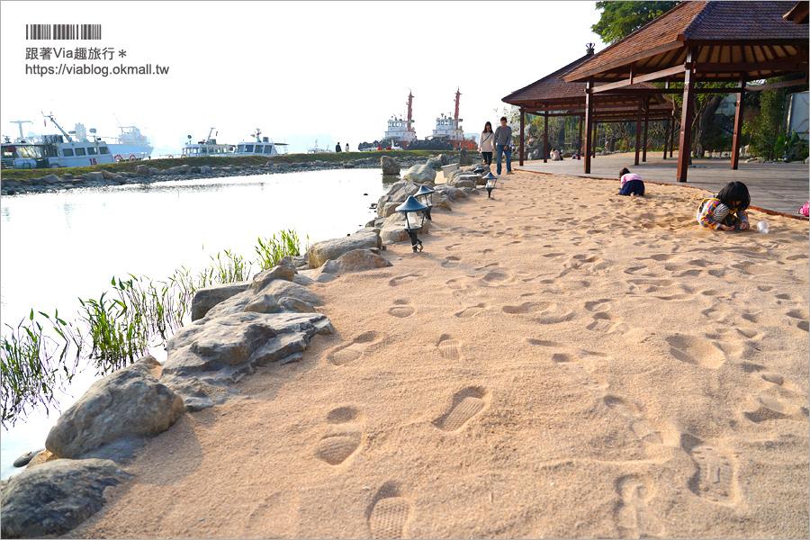 【高雄新景點】棧伍庫港濱潮市集+高雄水花園~全新峇里島造景水景玩沙池!親子旅遊、約會拍照都合適!