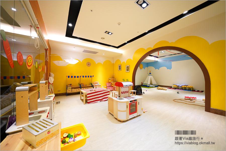 高雄親子飯店》義大天悅飯店~適合親子旅人入住:樂園、購物、摩天輪、住宿一次全包~