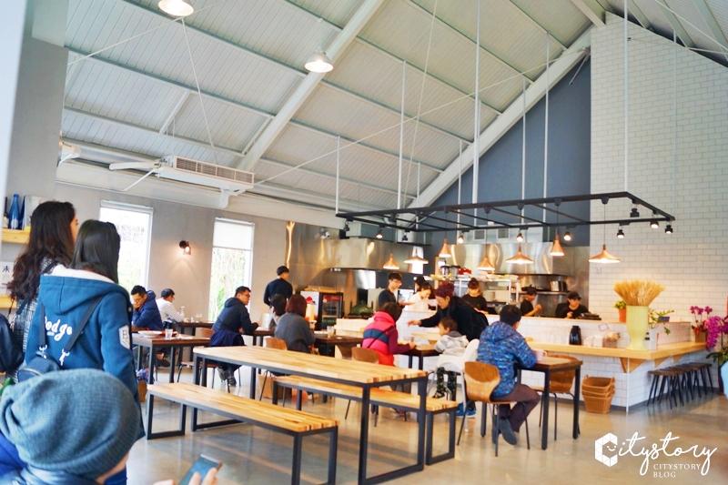 【南投草屯早午餐】武食早午餐-白色鐵皮屋,用美味喚起你的味蕾與回憶
