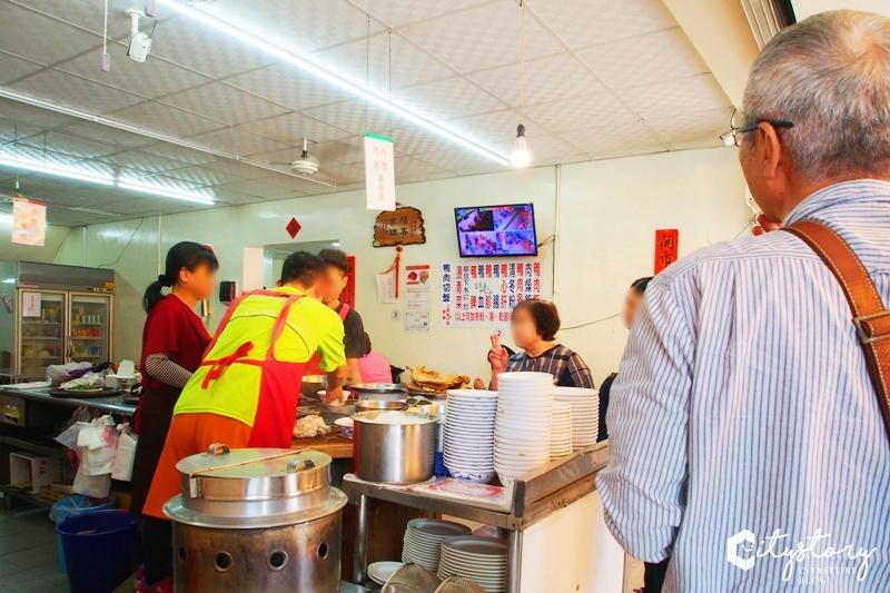 【高雄鹽埕必吃美食】鴨肉珍~名店排隊美食,一級小吃區老店大推薦美食