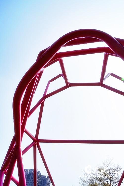 【台中草悟道】IG打卡熱點~草悟道粉紅法鬥藝術裝置,經國綠園道文青散步地圖