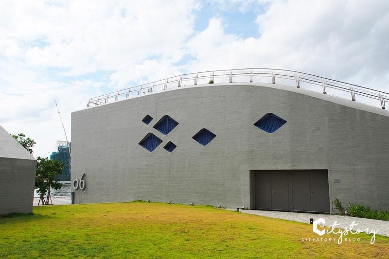 【高雄景點】海洋文化及流行音樂中心~陸上大鯨魚輕軌旅數字IG景點