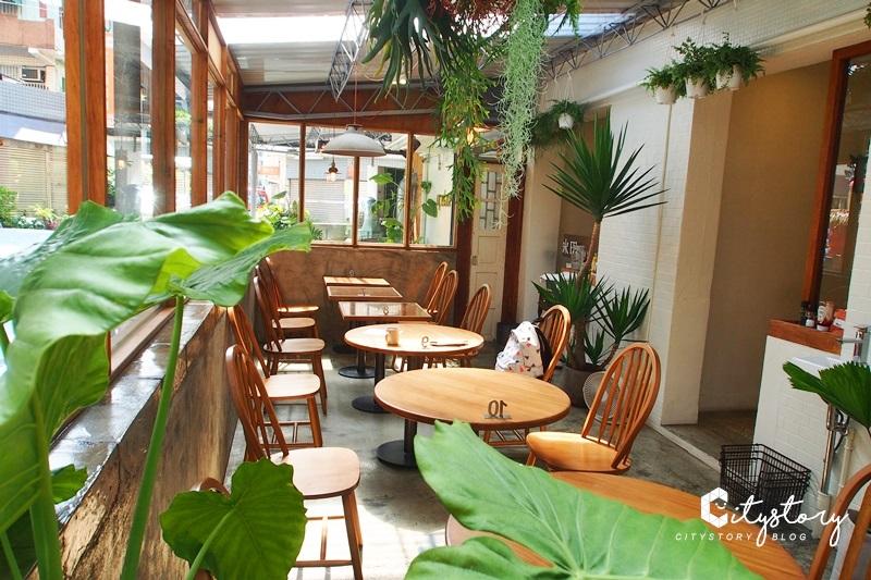 【台中早午餐】Update.Breakfast,自然派浪漫玻璃屋早午餐咖啡廳